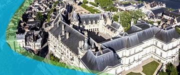 Blois (at 5km)